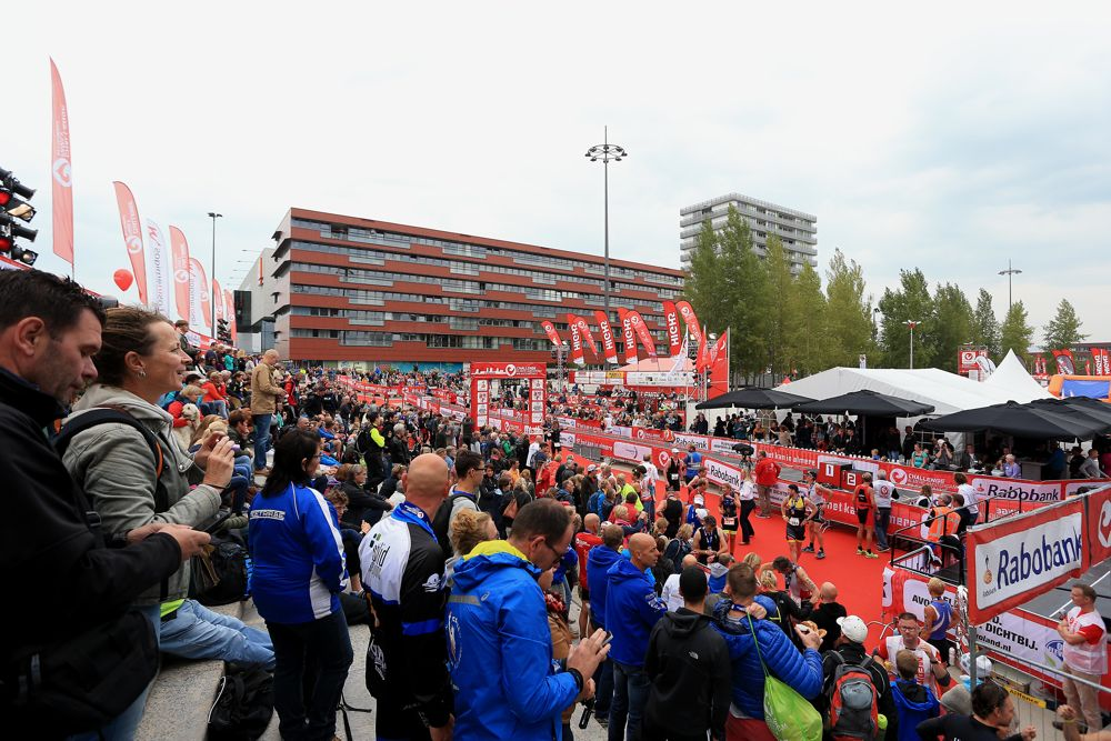 AMSTERDAM, NETHERLANDS - SEPTEMBER 12: A general view as athletes finish during the Challenge Triathlon Amsterdam on September 12, 2015 in Amsterdam, Netherlands. (Photo by Stephen Pond/Getty Images for Challenge Triathlon)