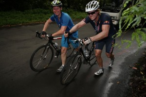 Ausgepowerte Radfahrer