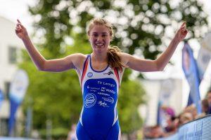 Die deutsche Meisterin Lena Meißner bei den DTU Deutschen Meisterschaften Sprintdistanz am 26.06.2016 in Duesseldorf, Foto: Joerg Schueler