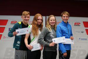Moritz und Marie Horn, Laura Lindemann und Lasse Lührs (v.l.n.r.) haben ihre EM-Tickets 2017 in der Tasche
