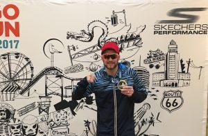 Rudi Schmidt nach dem Finish beim Los Angeles Marathon
