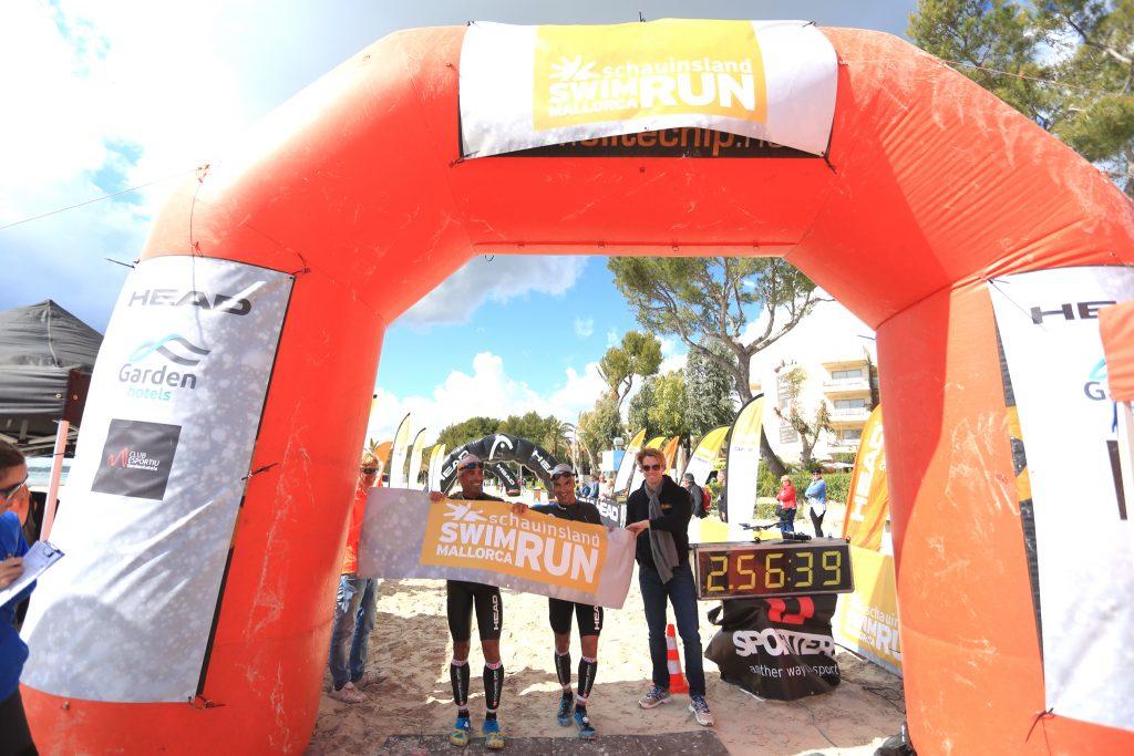 Die Männerteam-Sieger beim SwimRun auf Mallorca 2017