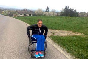 Triathlet Karsten Pfeifer kämpft auch im Rollstuhl weitr