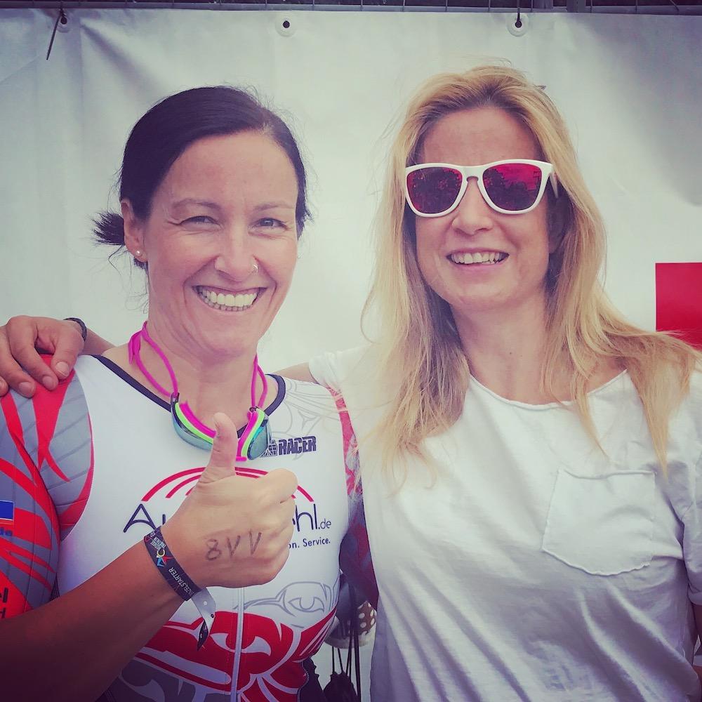 Triathlontrainerin Susanne Buckenlei und ihr Schützling Su Kienzle