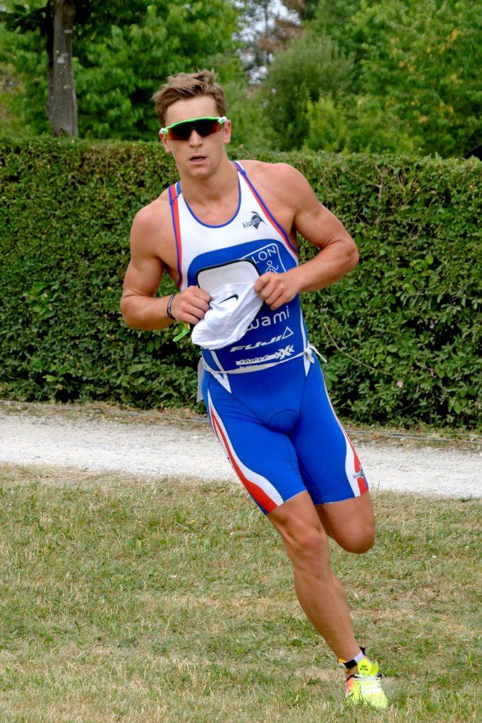 Frederic Funk gewinnt den Rothsee Triathlon 2017