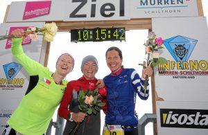 MUERREN, 19AUG17 - Die Siegerinnen des Inferno Triathlons freuen sich ueber ihren Erfolg: Erste Nina Brenn (M, SUI), Zweite Petra Eggenschiler (L, SUI), Dritte Ricarda Lisk (R, DE) anlaesslich der 'Flower Ceremony' auf dem Schilthorn am 19. August 2017. Impression of the 20th Inferno Triathlon in the Bernese Oberland, Switzerland, August 19, 2017. swiss-image.ch/Photo Remy Steinegger