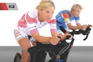 Profitriathleten wie Anja Beranek und Nils Frommhold trainieren auf dem neue IC8