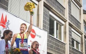 Rebecca Robisch gewinnt den Marathon in Köln