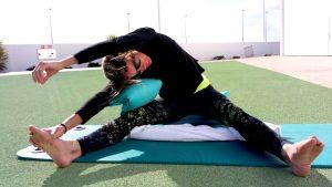 Ex-Profitriatheltin Nicole Leder beim Yin Yoga