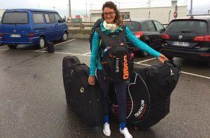 Hawaii-Reise: Verena mit ihren beiden Radtaschen