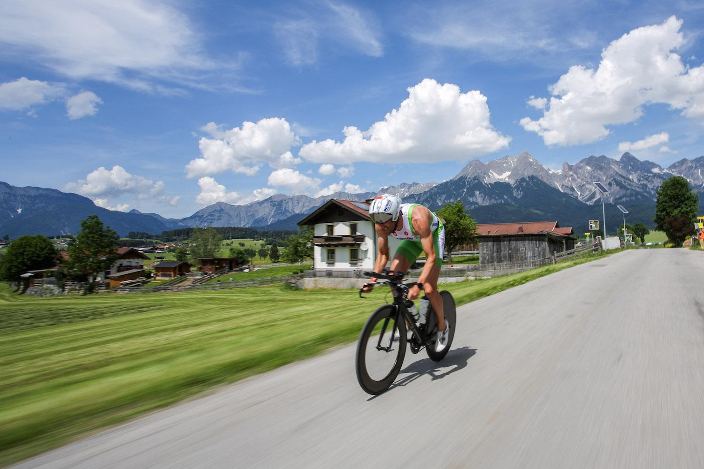 SAALFELDEN,AUSTRIA,26.MAY.17 - TRIATHLON, CYCLING - Trimotion 111 / 55.5. Image shows Marino Vanhoenacker (BEL). Photo: GEPA pictures/ Daniel Goetzhaber