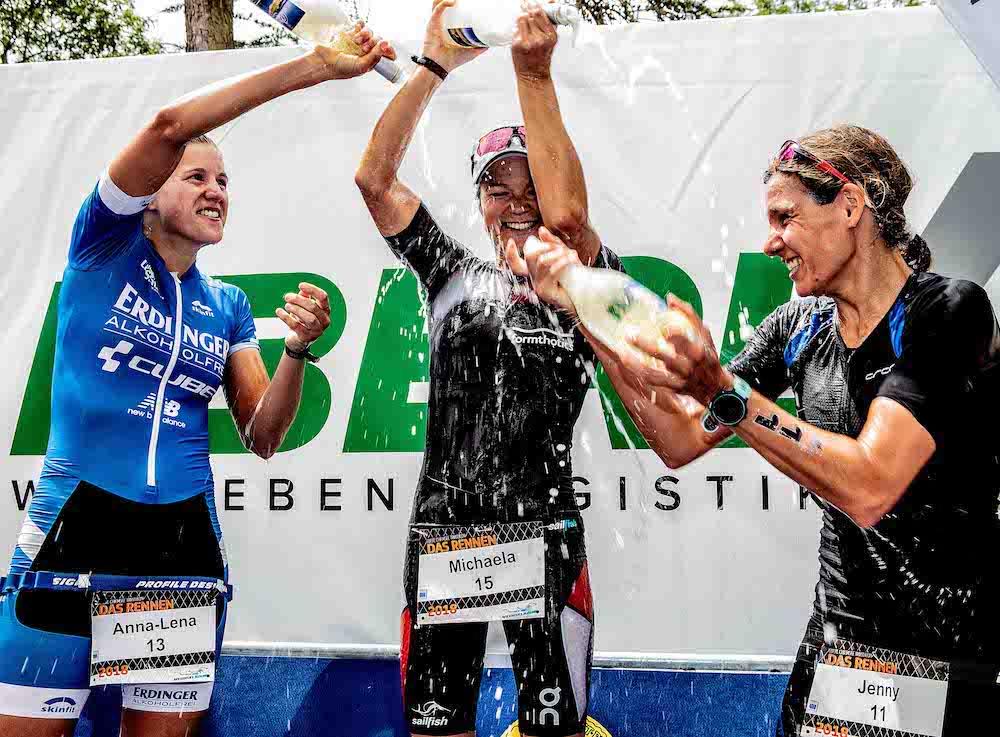 Damenpodium beim Chiemsee Triathlon: Anna-Lena Pohl, Michaela Herlbauer, Jenny Schulz