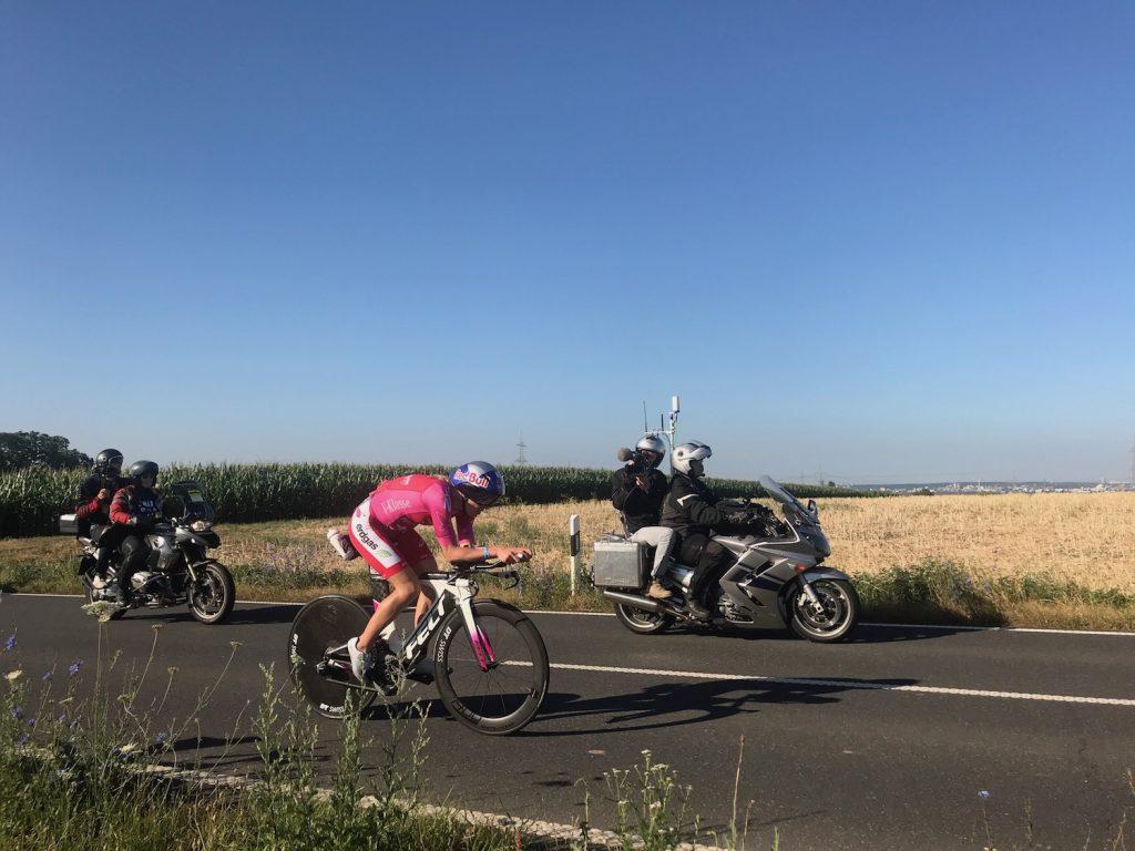 Daniela Ryf baute ihren Vorsprung bereits in der ersten Radrunde aus.